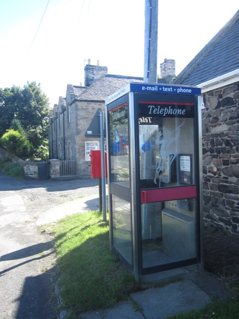 Telephone box in Waren Mill