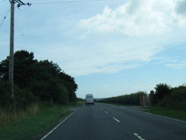 A158 west of Highfield Farm