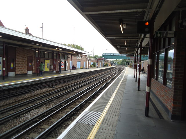 Northwood underground station