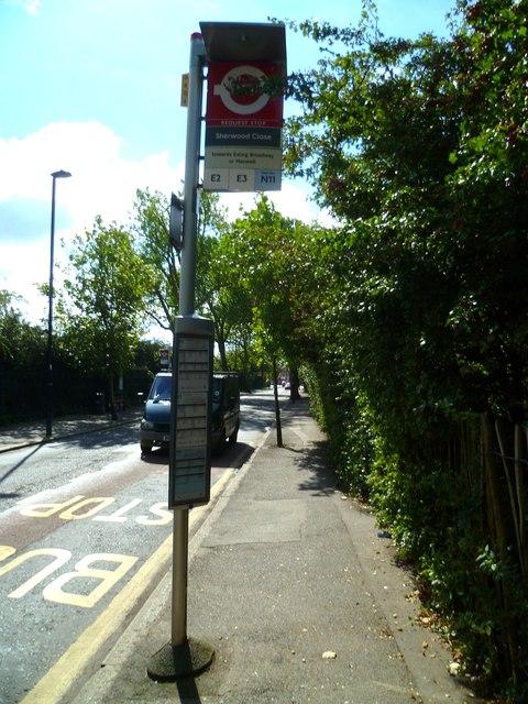 Northfield Avenue looking south towards Leighton Road