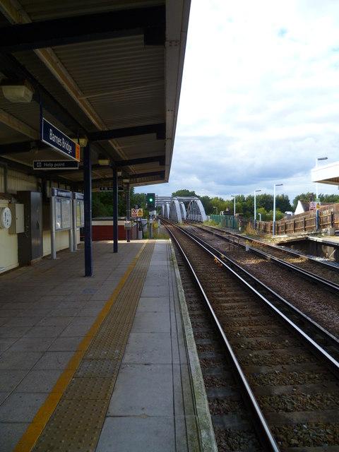 Barnes Bridge seen from platform 2 of the railway station