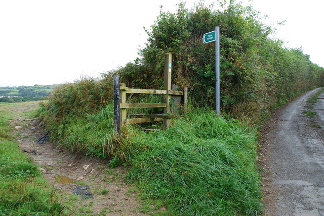 Stile and start of Footpath