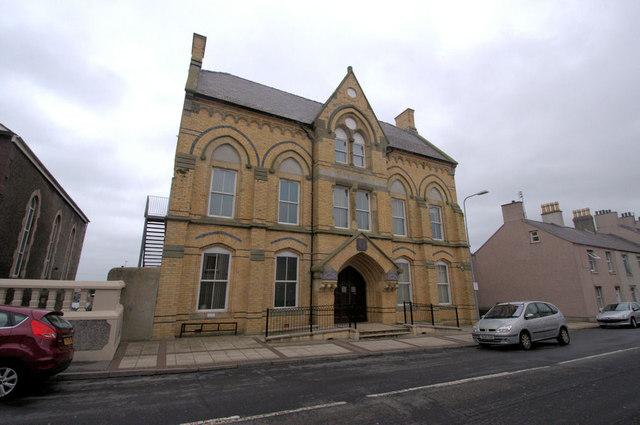 Neuadd Y Dref Caergybi / Holyhead  Town Council
