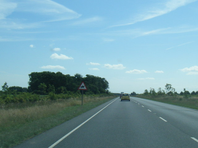 A158 eastbound near Field Farm