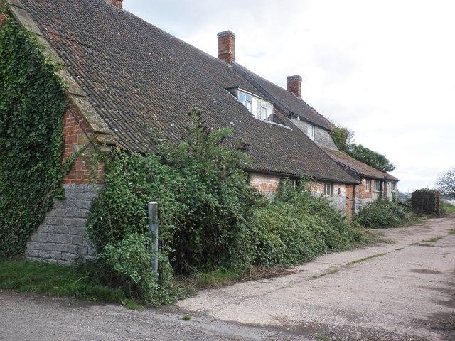 Dilapidated buildings at Churley Farm