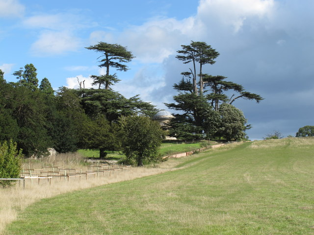 Croome Park, trees around rotunda
