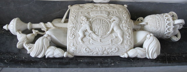 Croome church, Great Seal of England on monument