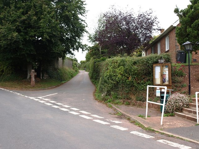 Junction of Manstree Road in Shillingford St George