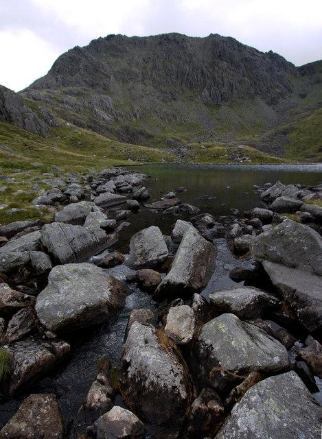 Llyn Bochlwyd at the outflow of Nant Bochlwyd