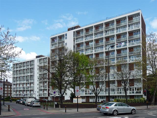 Vauxhall Gardens Estate, Kennington Lane