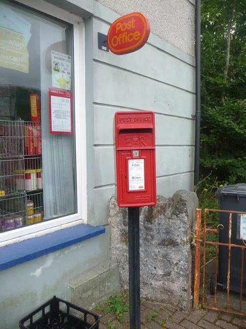 Rowen: postbox № LL32 14
