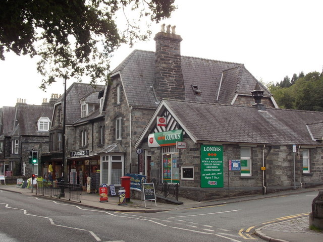 Betws-y-coed: the post office
