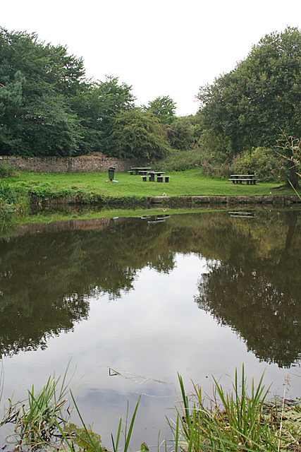 Canalside Picnic Site