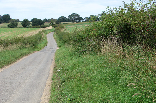 Minor road to Edgefield Street