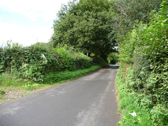 Cefn Mawr Lane, going to Penpedairheol crossroads