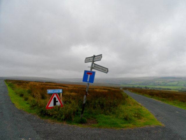 Turn off for Botton Head on Lythe Fell