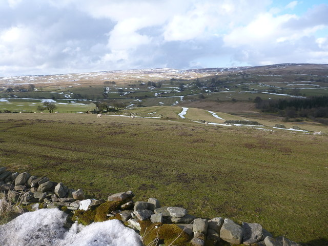 Traces of snow above Gill Beck