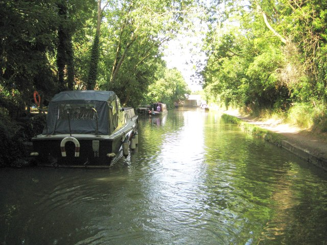 Grand Union Canal: Reach in Old Wolverton