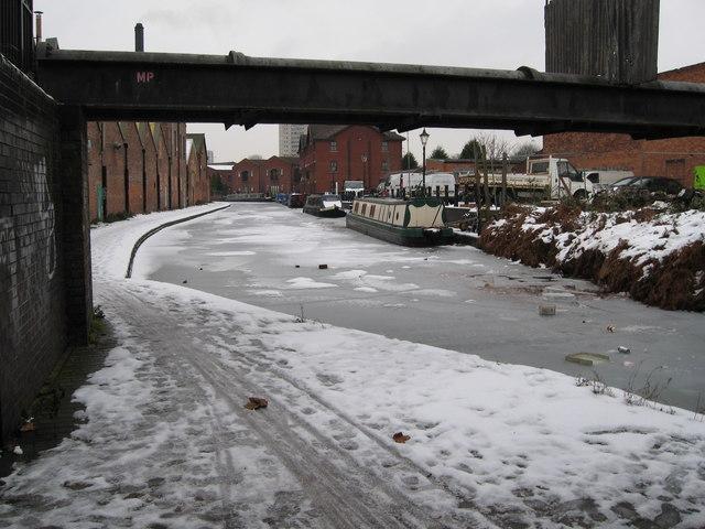Aston under snow 5-Birmingham