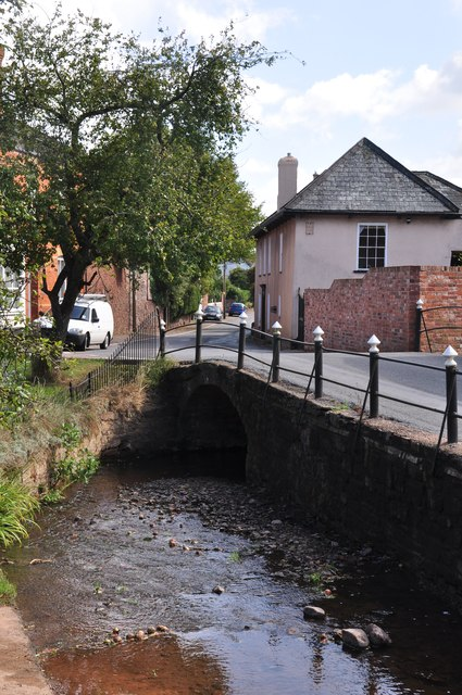 Thorverton : Small Stream & Village