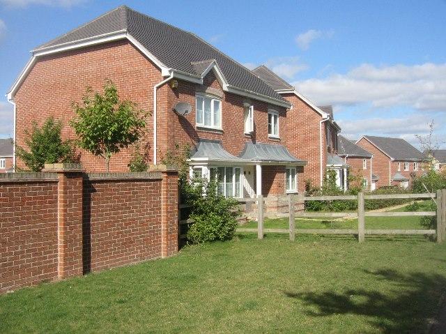 Houses in Dorset Crescent