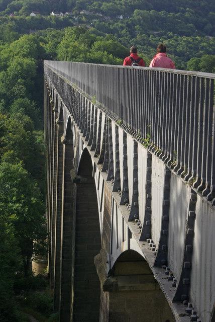 Walking across Pontcysyllte Aqueduct