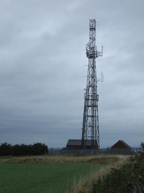Communications mast, Falside Hill