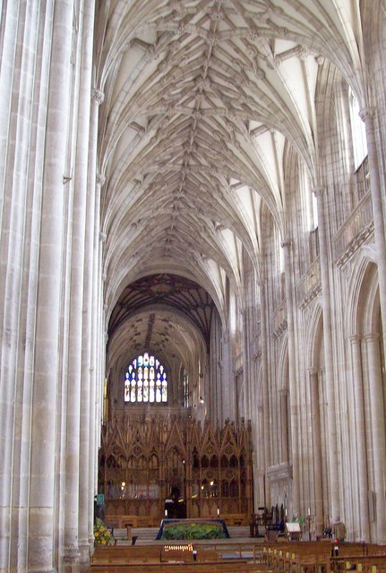 Winchester Cathedral, Nave