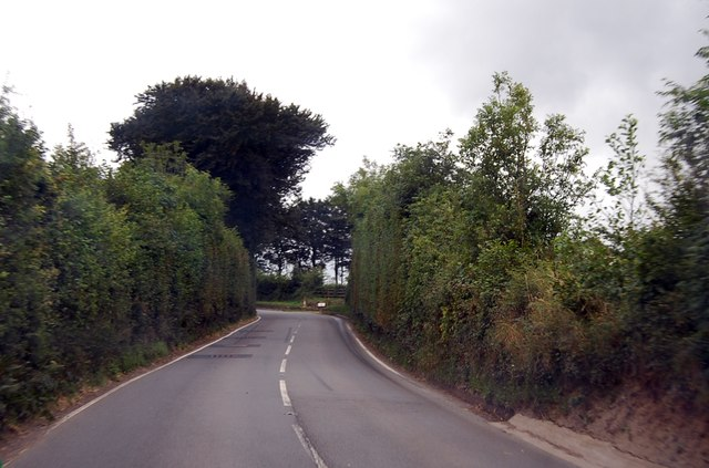 A386 southbound towards the A30