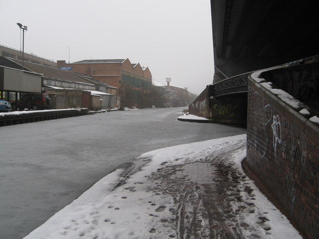 Aston under snow 11-Birmingham