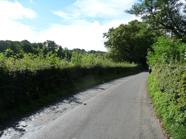 The road from the A472 to Glascoed [1]