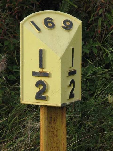 Railway indication at Chinley Station