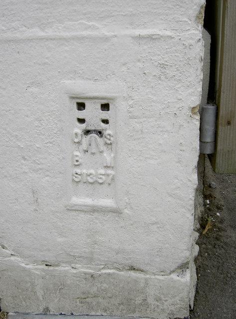 Moor Street flush bracket