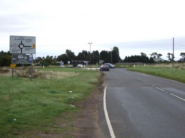 B1377 approaching roundabout