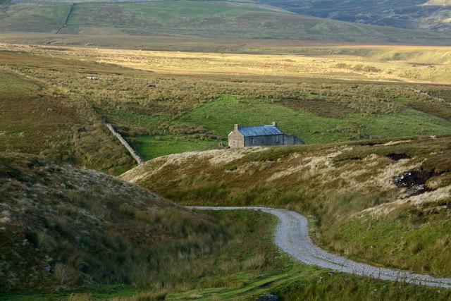 Road descending to Cleve Beck