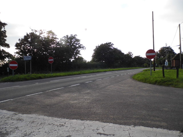 Rectory Lane at the junction of the A4130, Bix