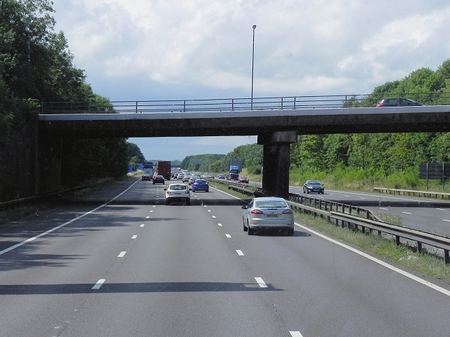 Northbound M6, Bridge at Goodyers End