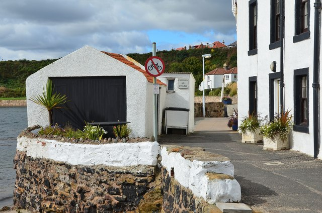 Footpath at West Shore, Pittenweem