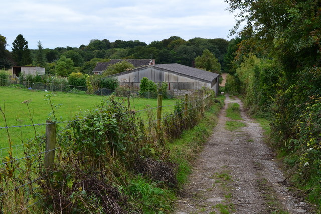 Looking down footpath to Home Farm