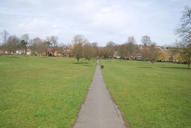 Footpath across Manor Park