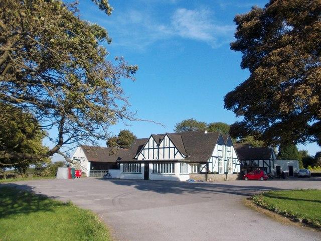 """""""The Bull-i'-th'-Thorn Inn"""" on the A515"""