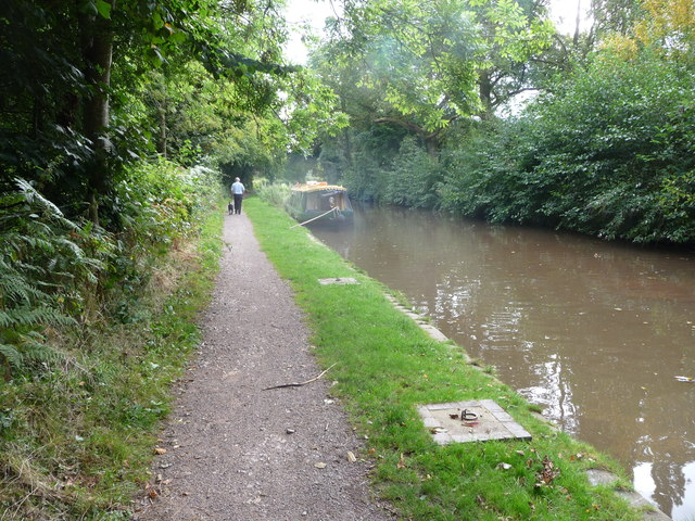 Part of the Mon. & Brec. Canal near Gilwern