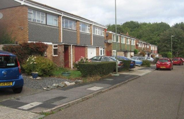 Houses in Horwood Gardens
