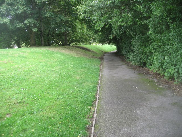 Path around Kings Furlong