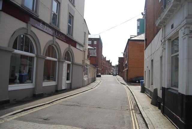 Pickford St