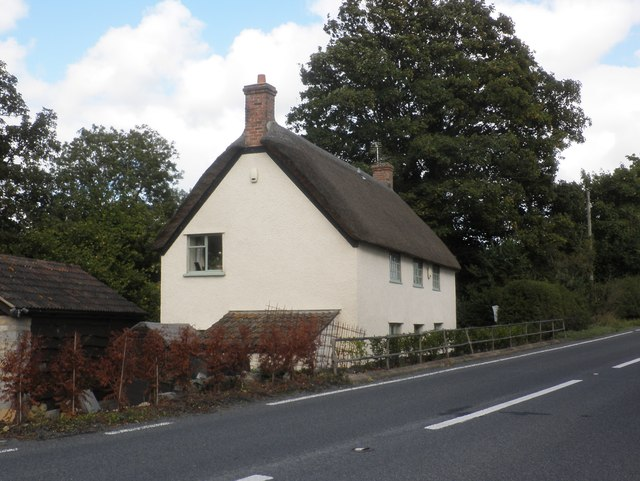 Isolated cottage on the A378