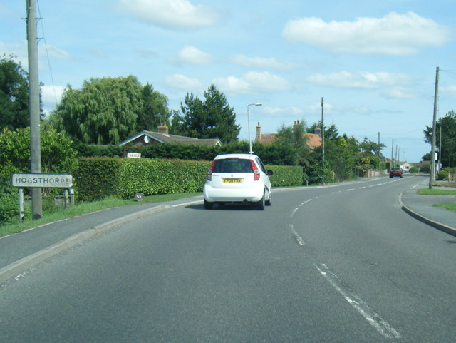 A52 South End at Hogsthorpe village boundary