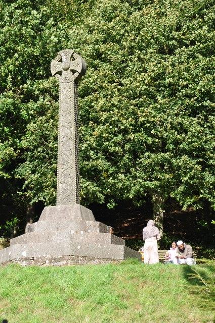 Killerton Park : Acland Memorial Cross