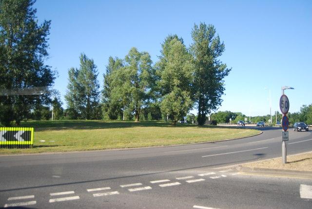 Roundabout, J9a, M23