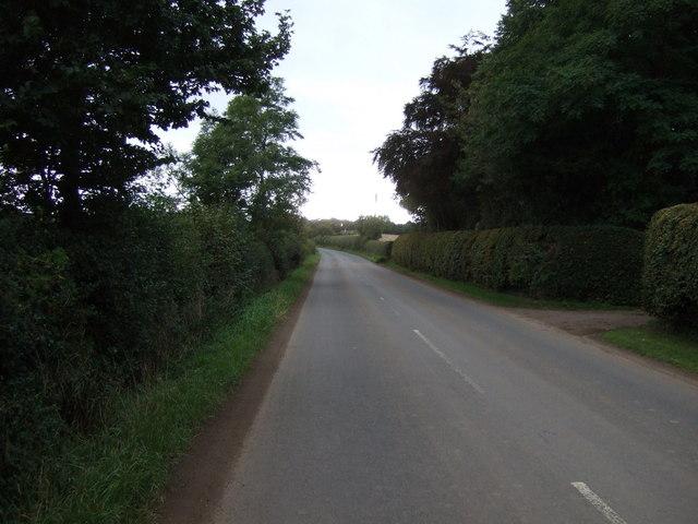 B1407 heading west by Preston Mains